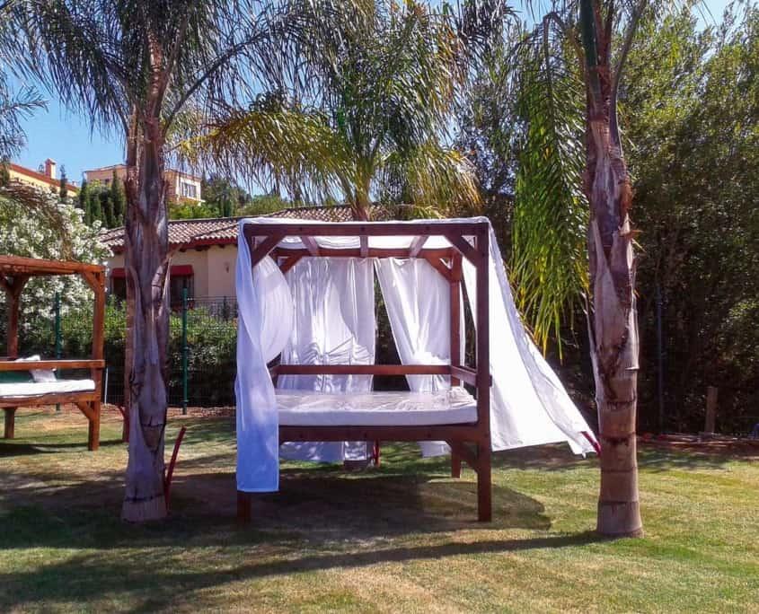 cama balinesa jardin